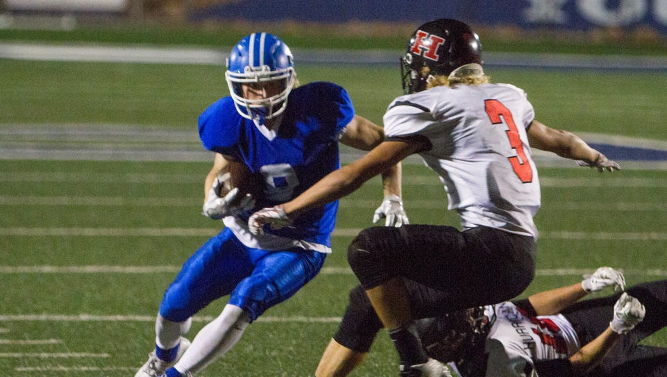 Dixie High football claims 42-14 victory over Hurricane