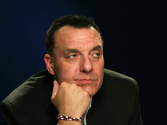 AP BOOKS TOM SIZEMORE A ENT USA NY