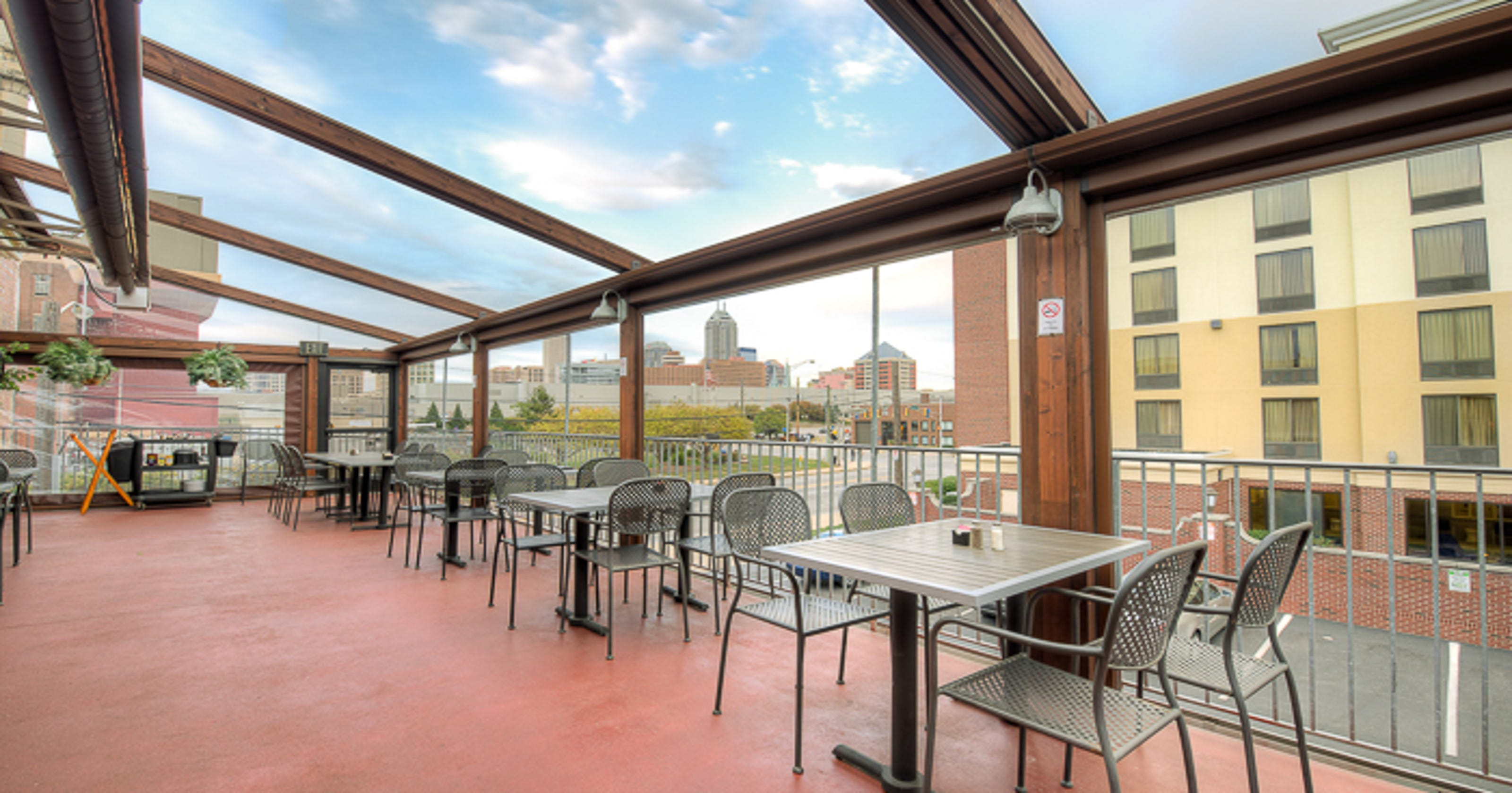 best downtown indianapolis restaurants with outdoor seating. Black Bedroom Furniture Sets. Home Design Ideas