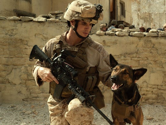Robbie Amell as Kyle Wincott, left, with his military