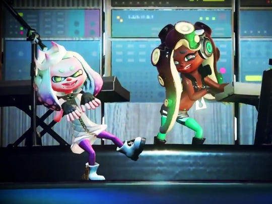 """Pearl and Marina of the singing duo """"Off the Hook"""" in Splatoon 2 for the Nintendo Switch."""