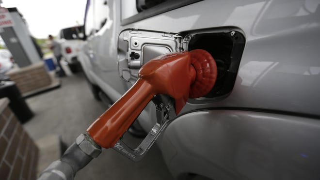 A reader thinks self-serve gas is a bad idea in New Jersey.