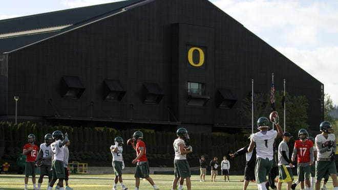 The Oregon football team practices March 31 at the Hatfield-Dowlin Complex in Eugene. As of July 10, Oregon's 2016 recruiting class has 14 players.