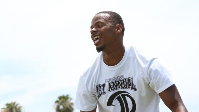 James Dockery, a former NFL player seen here in 2015, will co-host a football camp Saturday in Palm Desert.
