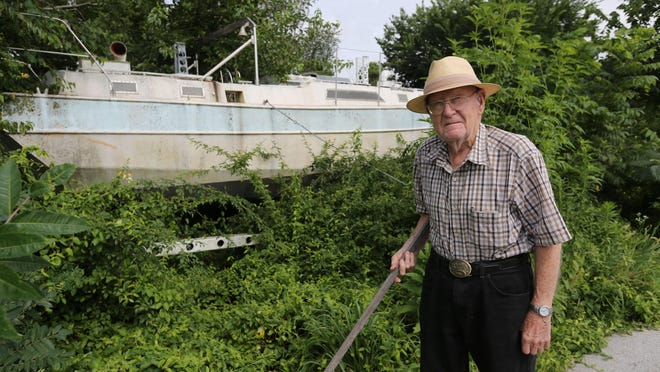 Robert Rosendahl said planning to build a boat gave him hope when he was a prisoner of war during WWII. The boat has been a Springfield landmark for decades.