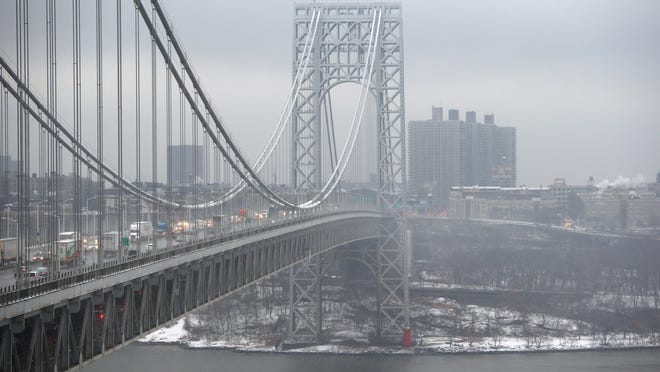 Getty ImagesThe George Washington Bridge. Getty ImagesA special legislative committee investigating lane closures that caused major traffic tieups at the George Washington Bridge has concluded there was no evidence to link the closures to Gov. Chris Christie. Getty ImagesTraffic moves over the George Washington Bridge between New York City and Fort Lee, where lane closures caused major traffic jam last September. Traffic moves over the Hudson River and across the George Washington Bridge between New York City and Fort Lee, where apparently politically motivated lane closures caused major traffic tie-ups last September. Getty Images Two investigations of the September lane closures at the George Washington Bridge are continuing — one by a special legislative committee, the other by the U.S. Attorney's Office.Getty Images Traffic moves over the Hudson River and across the George Washington Bridge between New York City (right) and Fort Lee, where apparently politically motivated lane closures caused major traffic tie-ups last September. Getty Images FORT LEE, NJ - DECEMBER 17: Traffic moves over the Hudson River and across the George Washington Bridge between New York City (R), and Fort Lee, New Jersey on December 17, 2013. New Jersey's Republican Governor Chris Christie has had to fend off allegations in a scandal involving the bridge. In September, two of Christie's top appointees at the Port Authority of New York and New Jersey ordered the lanes on the bridge shut to traffic, causing days of gridlock in Fort Lee, New Jersey. Some Democrats have said that the move was political revenge against the town's mayor, Democrat Mark Sokolich, for not endorsing Christie for reelection. (Photo by John Moore/Getty Images)