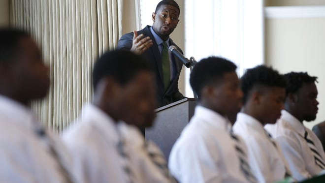 Mayor Andrew Gillum speaks during the 6th Annual Links Beautillion Green Coat Ceremony Sunday at the Capital City Country Club.