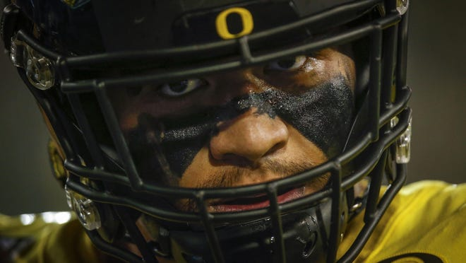 Oregon left tackle Penei Sewell, the reigning Outland Trophy winner, headlines the 2020 preseason watch list for the award given to the nation's top interior lineman. [Andy Nelson/The Register-Guard] - registerguard.com