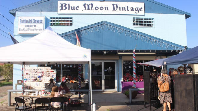 The Blue Moon Vintage is a newly owned and operated Antique Shop on 10118 Leopard Street. Owner Kim Black shares her story on business and the pandemic.