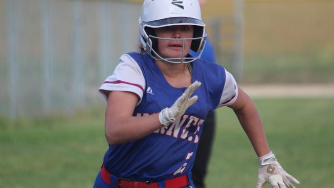 Atlanta's Mati Pinkston scores on an RBI single from Aymee Young during Thursday's game against Novinger.