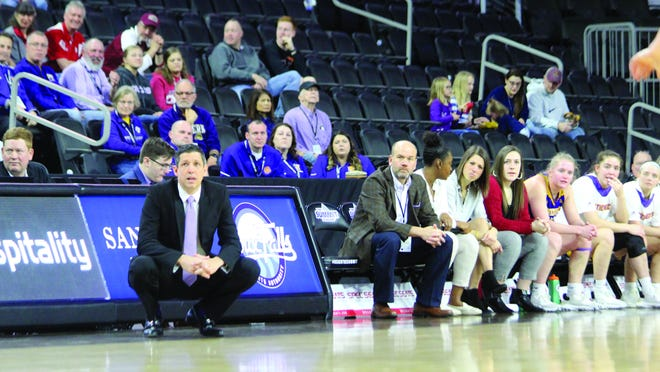 Western Illinois women's basketball coach JD Gravina watches his team play during the Summit League Tournament last March.