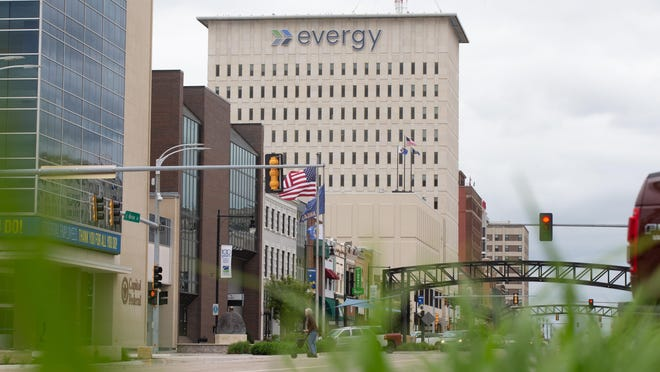 The Kansas Corporation Commission has opened an investigation into an agreement between utility company Evergy Inc. and investor Elliott International.