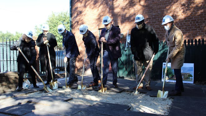 The nonprofit organization Historic Savannah Foundation broke ground this morning on these projects, amid a small, socially distanced group comprised of Savannah Mayor Van Johnson, key stakeholders, top supporters, and other community dignitaries, all wielding golden shovels and hard hats.