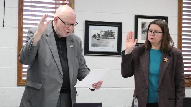 Cheboygan County Commissioner John Wallace was sworn in for another two year term as Board of Commissioners Chair after the rest of the commissioners voted unanimously to approve him filling that position. Tribune Photo by Kortny Hahn