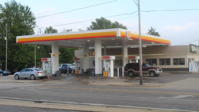 The Shell gas station at 711 S. Main St., Adrian, was robbed at knifepoint Monday evening. The robbery was conducted by two suspects. One was described as a Hispanic male.