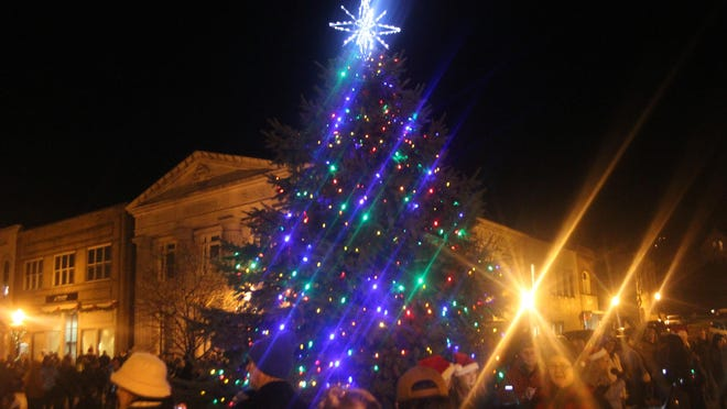 The lighting of the official downtown Ionia Christmas tree takes place virtually in 2020, featuring Santa and a guest choir singing Christmas carols.