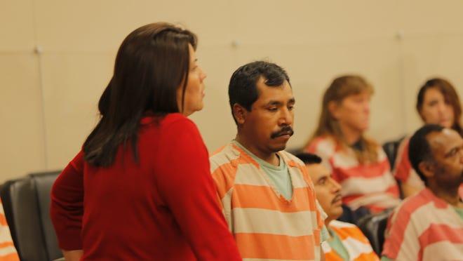 Florencio Anselmo, acusado de apuñalamiento, en la corte del Condado de Monterey, el 7 de julio de 2014.  