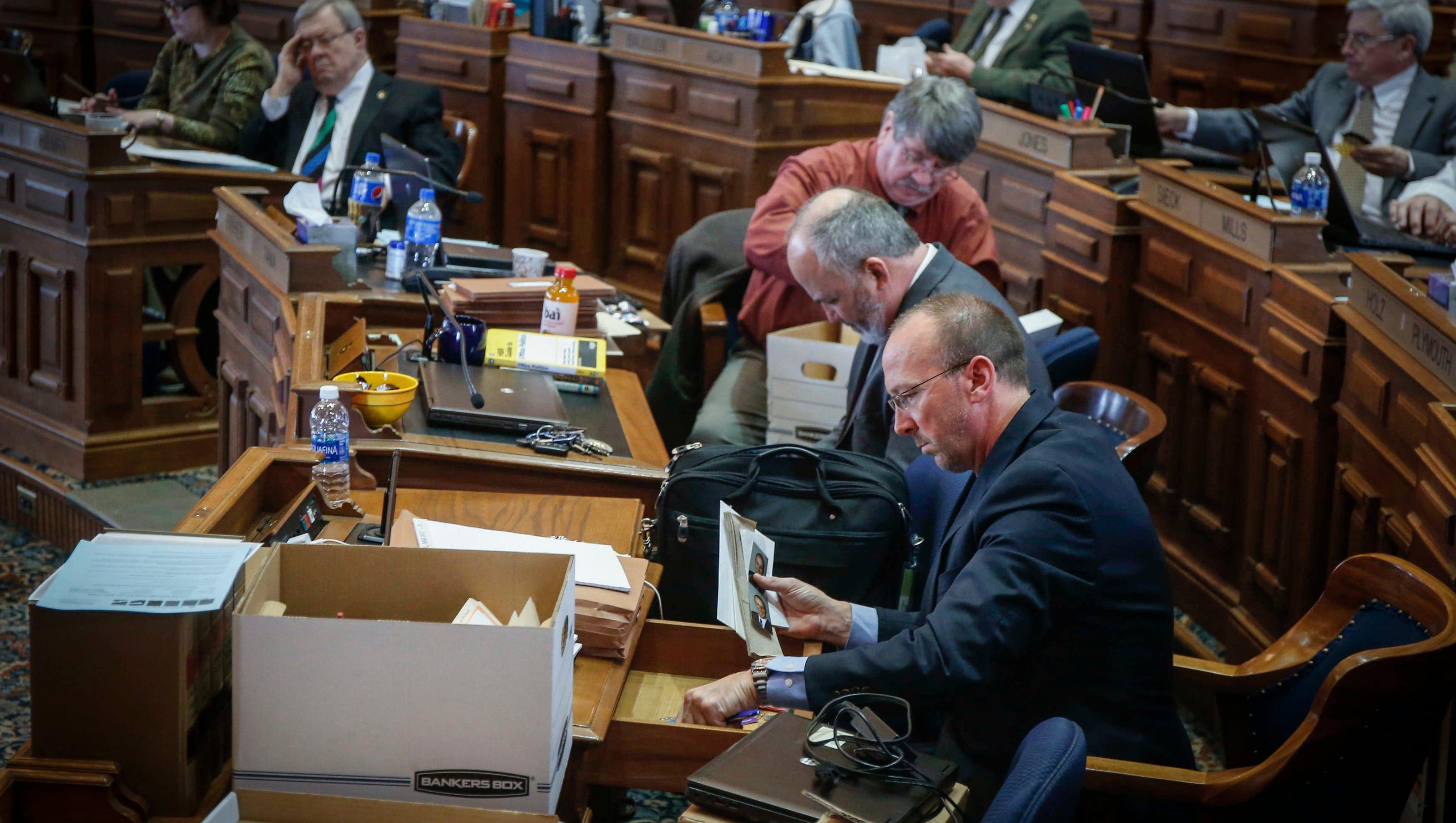 Iowa Legislature adjourns: What bills passed in 2017 session?