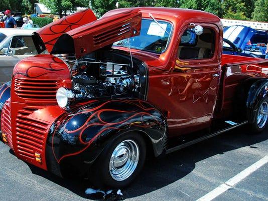 truck w-flames.jpg