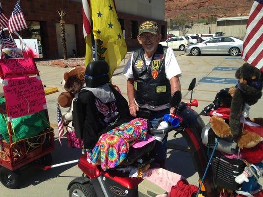 STG traveling vet 0409 02.jpg