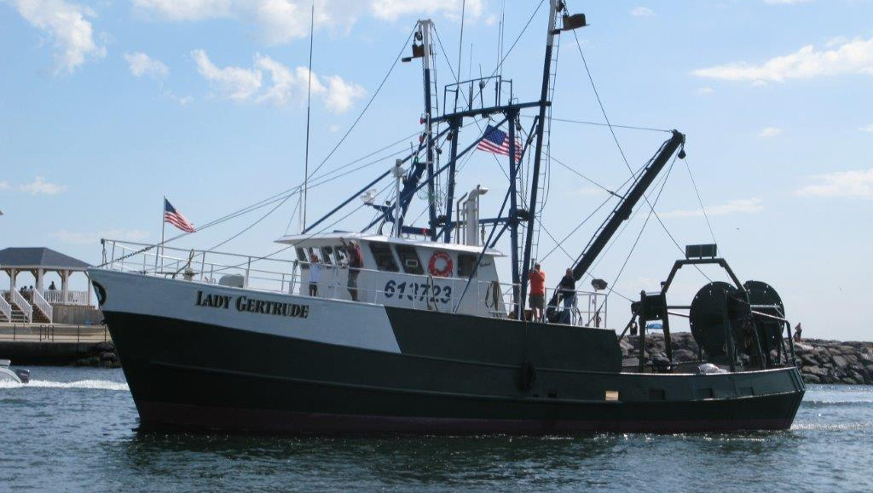 Fishing crew rescued from sinking boat off nj coast for Fishing in nj