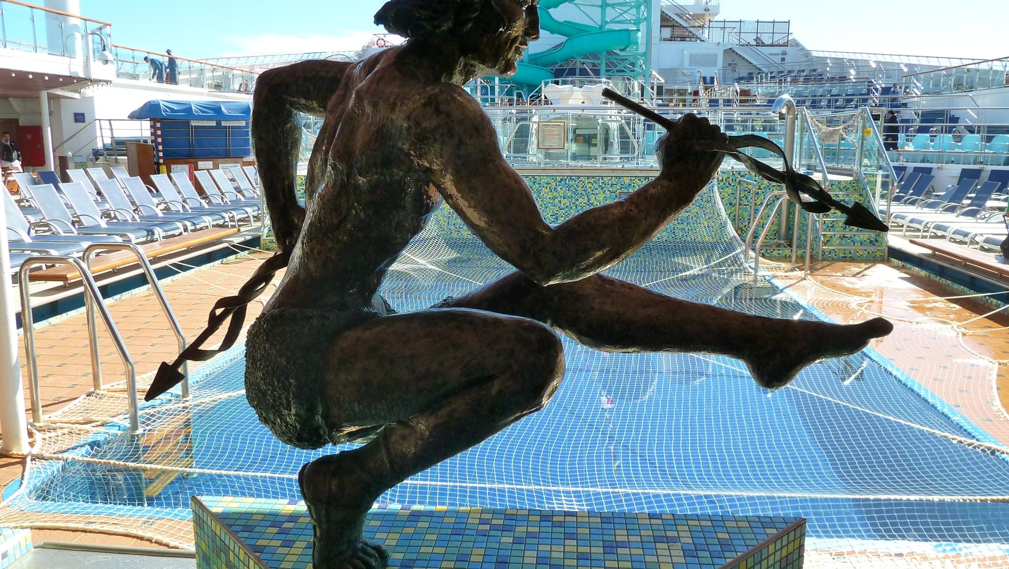 Named for the ancient Greek sailors who accompanied Jason on his quest for the Golden Fleece, the Argonaut pool is located on Deck 10, just forward of the LED screen.