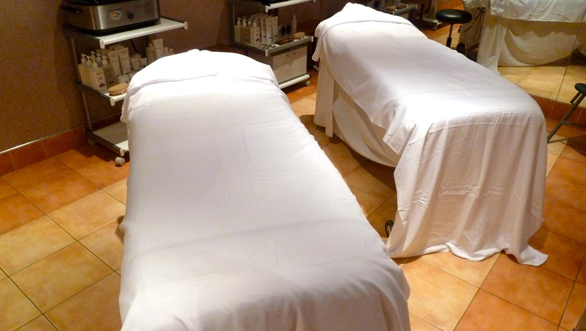 There are also couples' and group massage and treatment rooms.