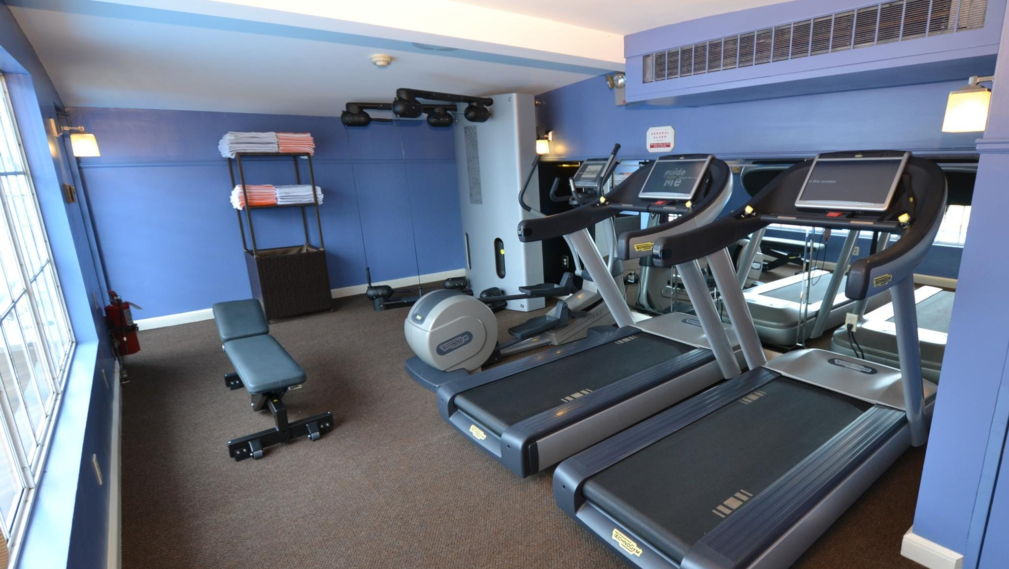 The American Queen has a small Athletic Club with two running machines, a stair climbing machine and a Kinesis machine.