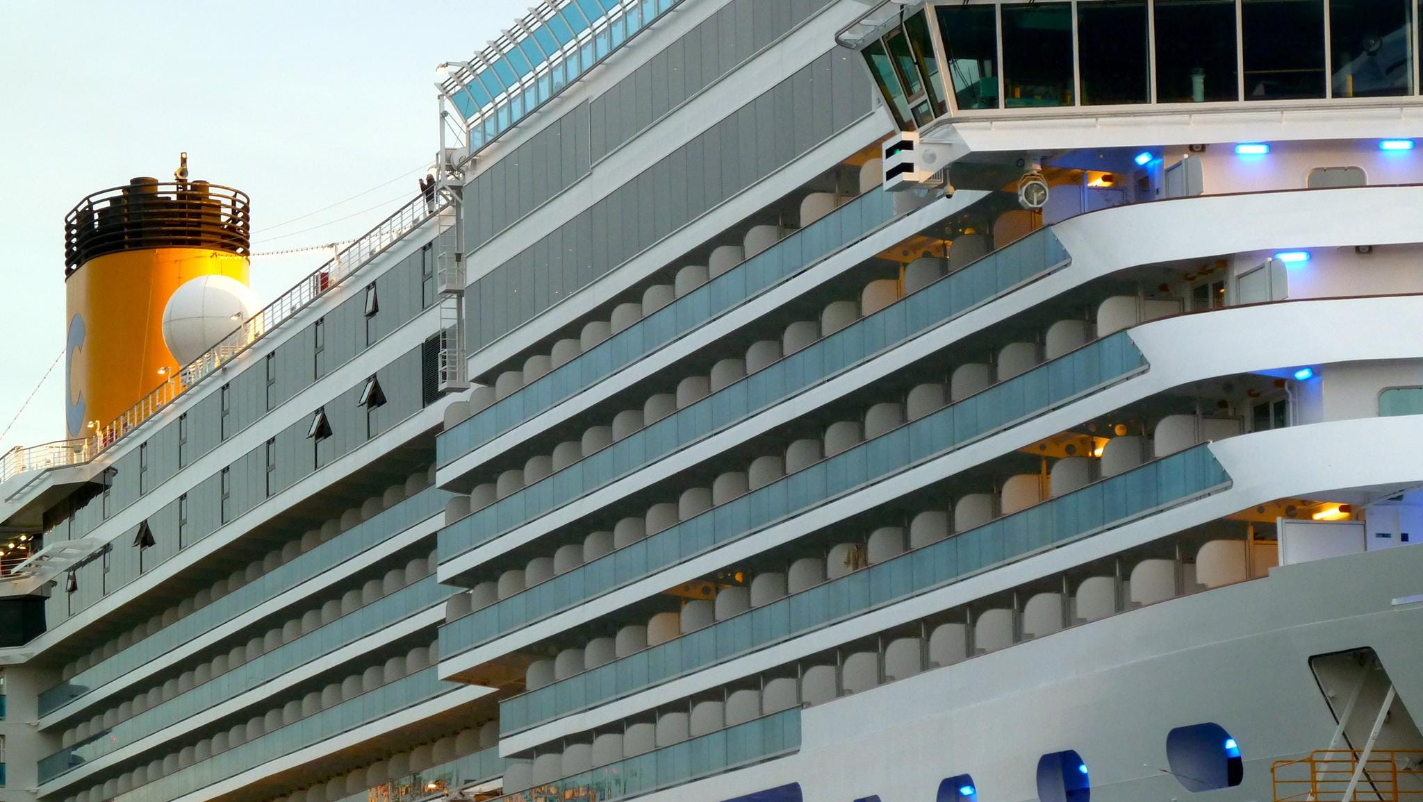 Costa Deliziosa is a variant of the Carnival Cruise Line common platform Vista series of ships with similar hull dimensions, architecture and mechanics to six Holland America vessels, two Cunarders, one P&O ship and the Costa Luminosa.