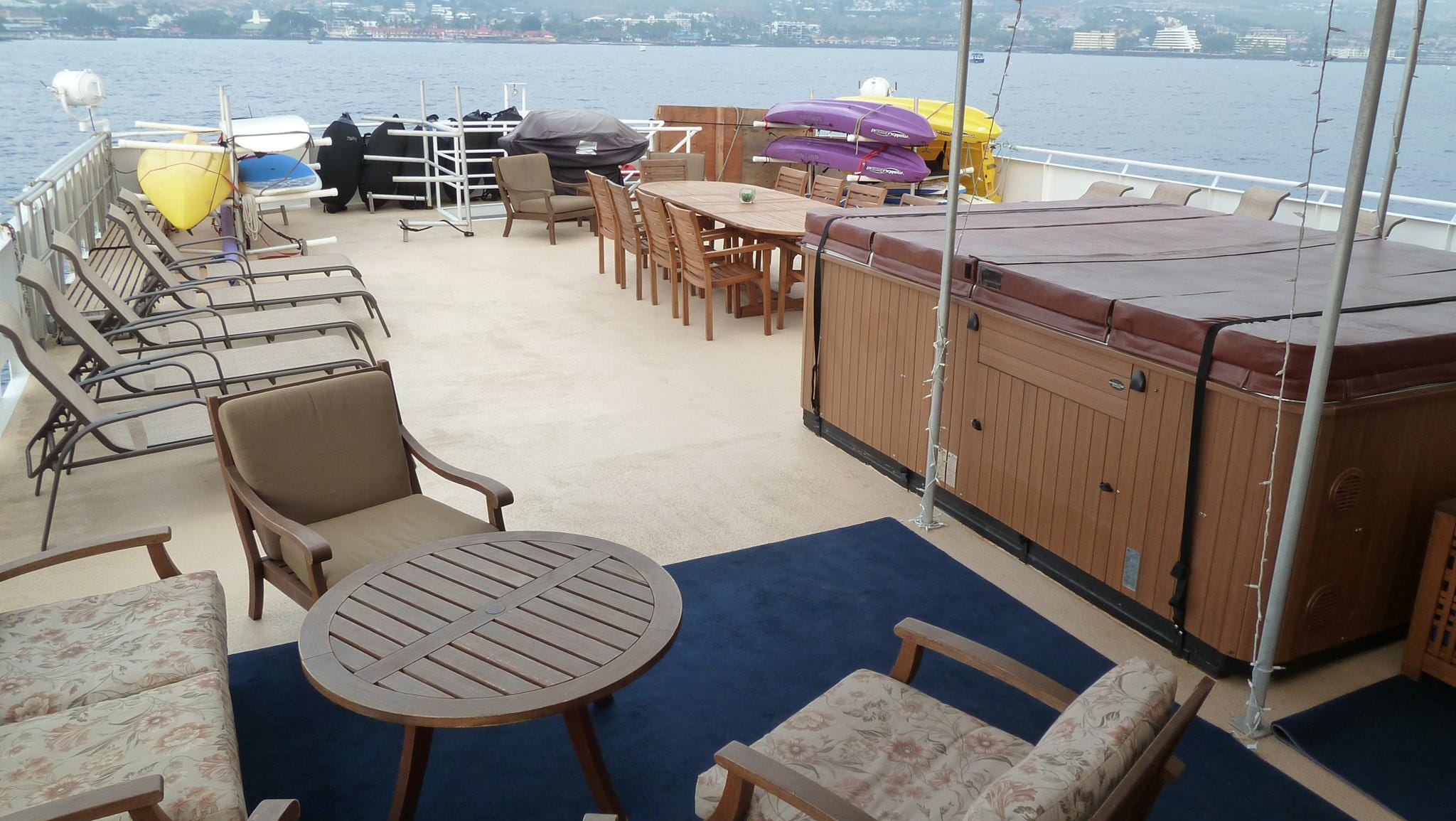 There is a large hot tub that can be used during the Safari Explorer's Alaska sailings through the tranquil Inside Passage. The ship has a small sauna that is also available during its Alaska itineraries.