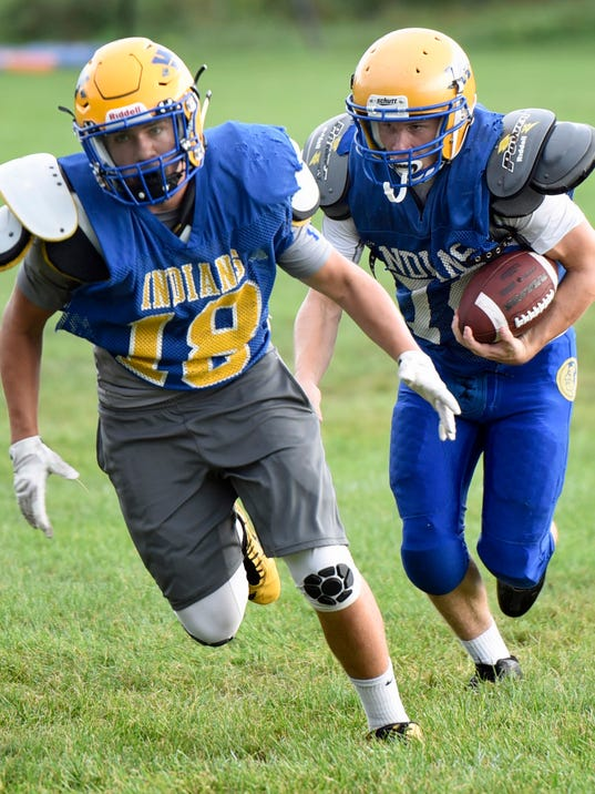 cpo-mwd-080816-Waynesboro-football