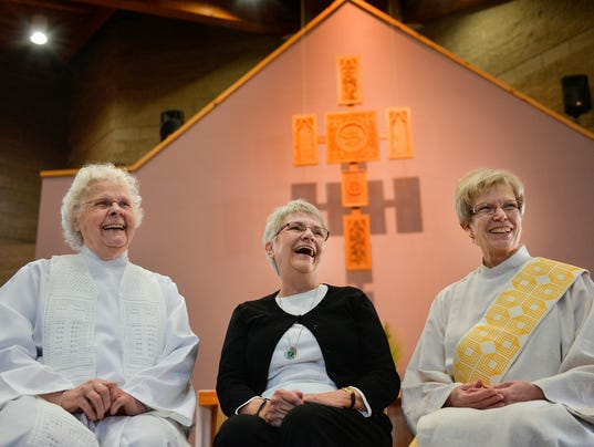 635942601148249669-0410-Women-Priests-1.jpg