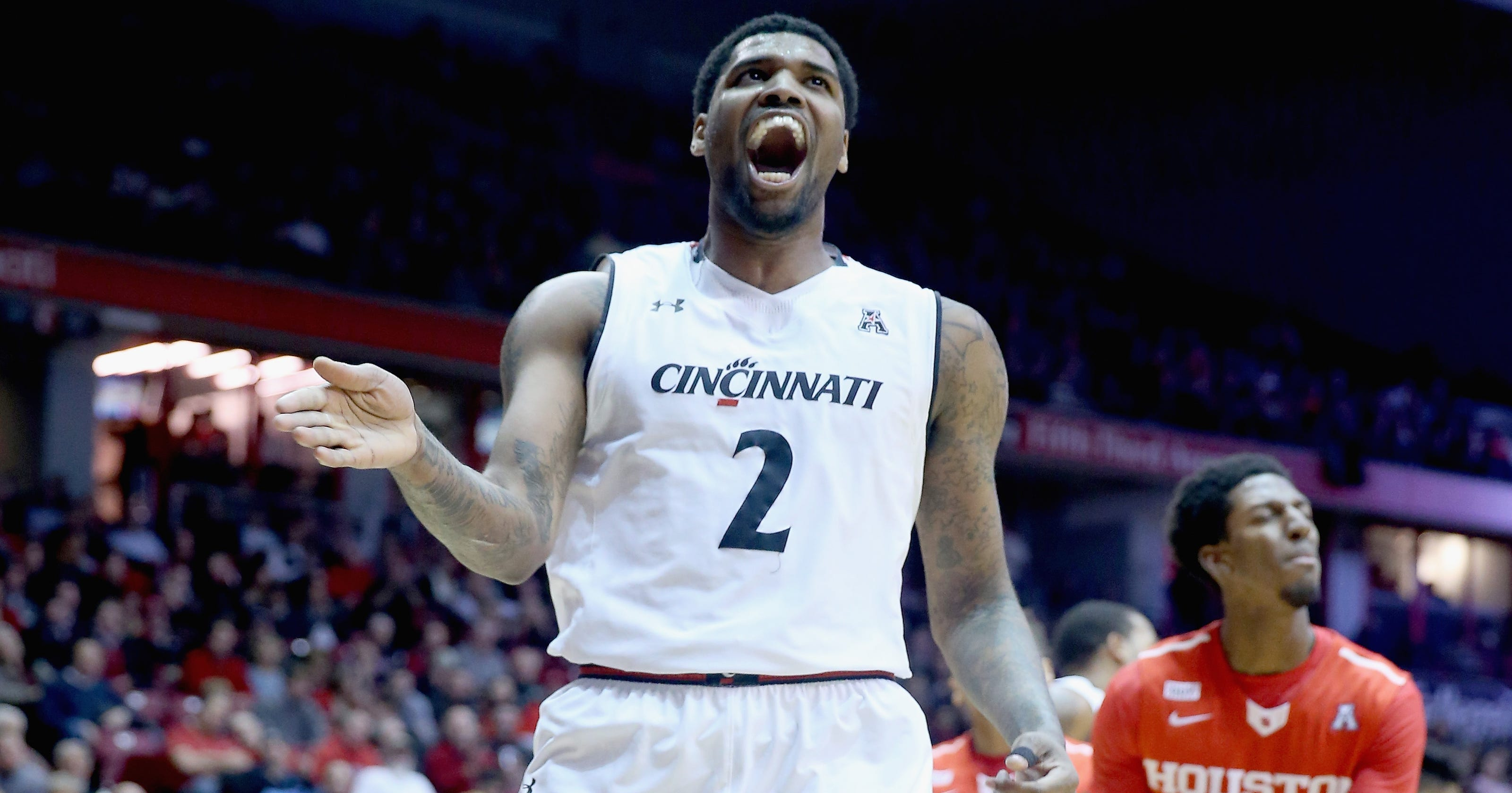 Report Michigan To Face Cincinnati In Basketball Home And Home