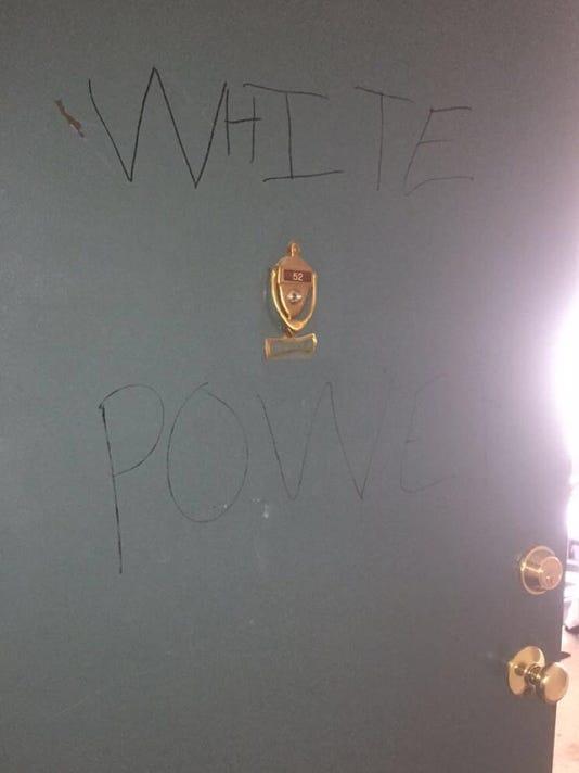 636147231162380409-vandalism.jpg