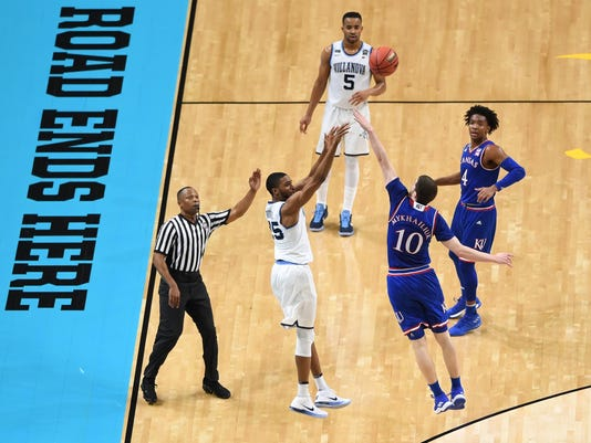 NCAA Basketball: Final Four-Villanova vs Kansas