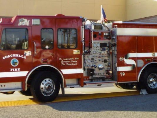 -fire trucks007.jpg_20131210.jpg