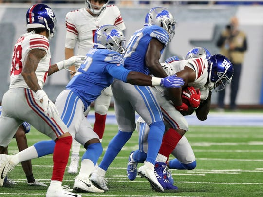 Giants_Lions_Football_28473.jpg