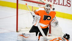 What Alex Lyon's two-year deal means for Flyers