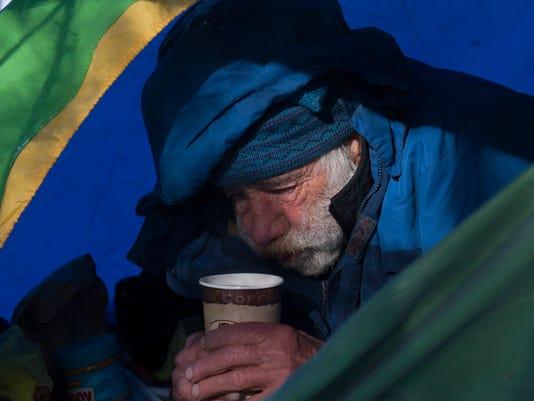 -CHLBrd_01-30-2014_Daily_1_A001~~2014~01~29~IMG_homeless_02_1_1_UD6ACIT3_L35.jpg