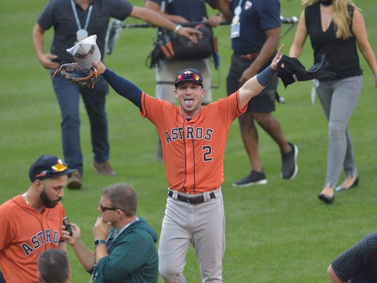 USP MLB: ALDS-HOUSTON ASTROS AT CLEVELAND INDIANS S BBA CLE HOU USA OH