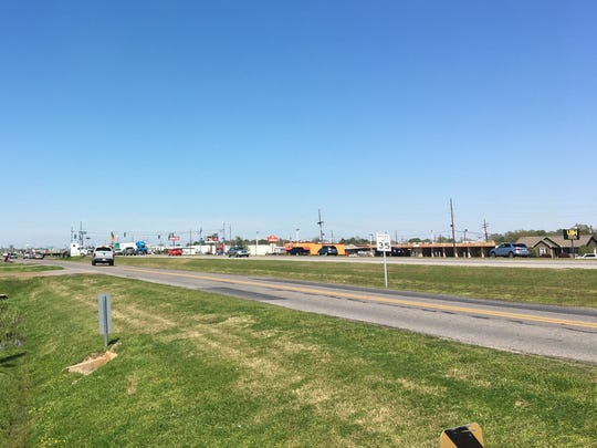 The new lighting proposed would run along U.S. 165