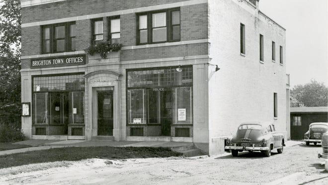 Circa 1951 photo of the building.
