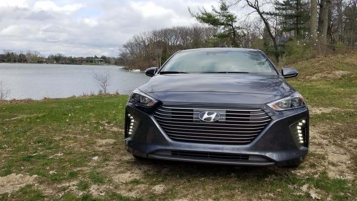 Payne: Hyundai Ioniq Hybrid is Uber-riffic