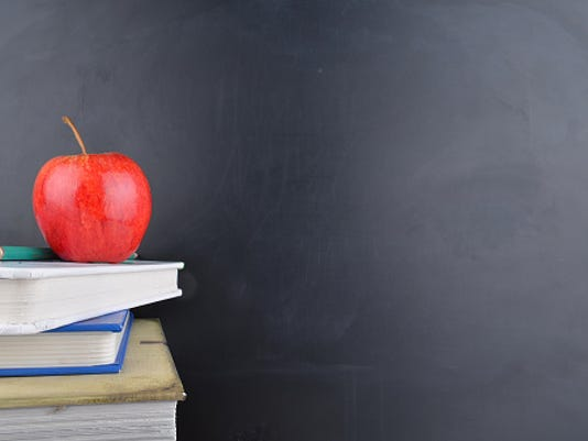 636077299325152916-Retired-Teachers-ThinkstockPhotos-470724822.jpg