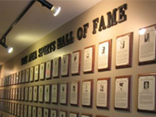 636208572769986424-York-Sports-Hall-of-Fame.jpg