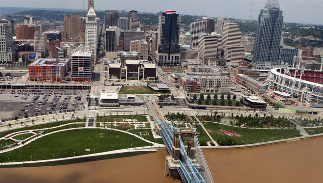 High water of the Ohio River approaches Smale Riverfront Park.