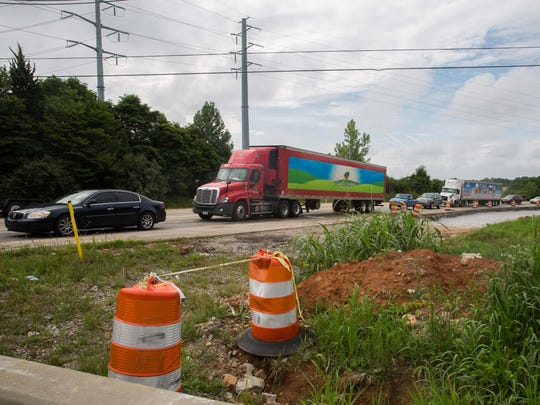 A new rating system indicates that six laning the Gene Snyder Freeway from Taylorsville Road to I-71 is the most-needed highway project in the state. The Old Henry Road ramps, off of the Gene Snyder, are currently being expanded upon. July 5, 2017.