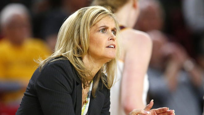Arizona State Sun Devils head coach Charli Turner Thorne talks to her team during a women's basketball game against the Washington State Cougars at Wells Fargo Arena in Tempe on January 13, 2017.