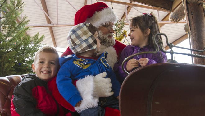 Breakfast with Santa returns to the Children's Museum of Phoenix Dec. 1 and 8.