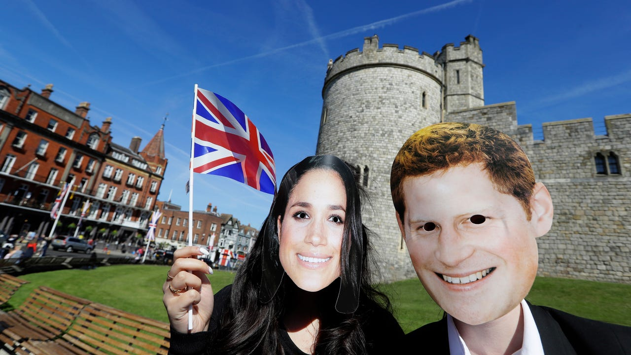With just one day to go, there is just time for the finishing touches to the British Royal wedding of Prince Harry to American actress Meghan Markle. The Union Jack is flying high and fans are already in position in Windsor for the big day. (May 18)